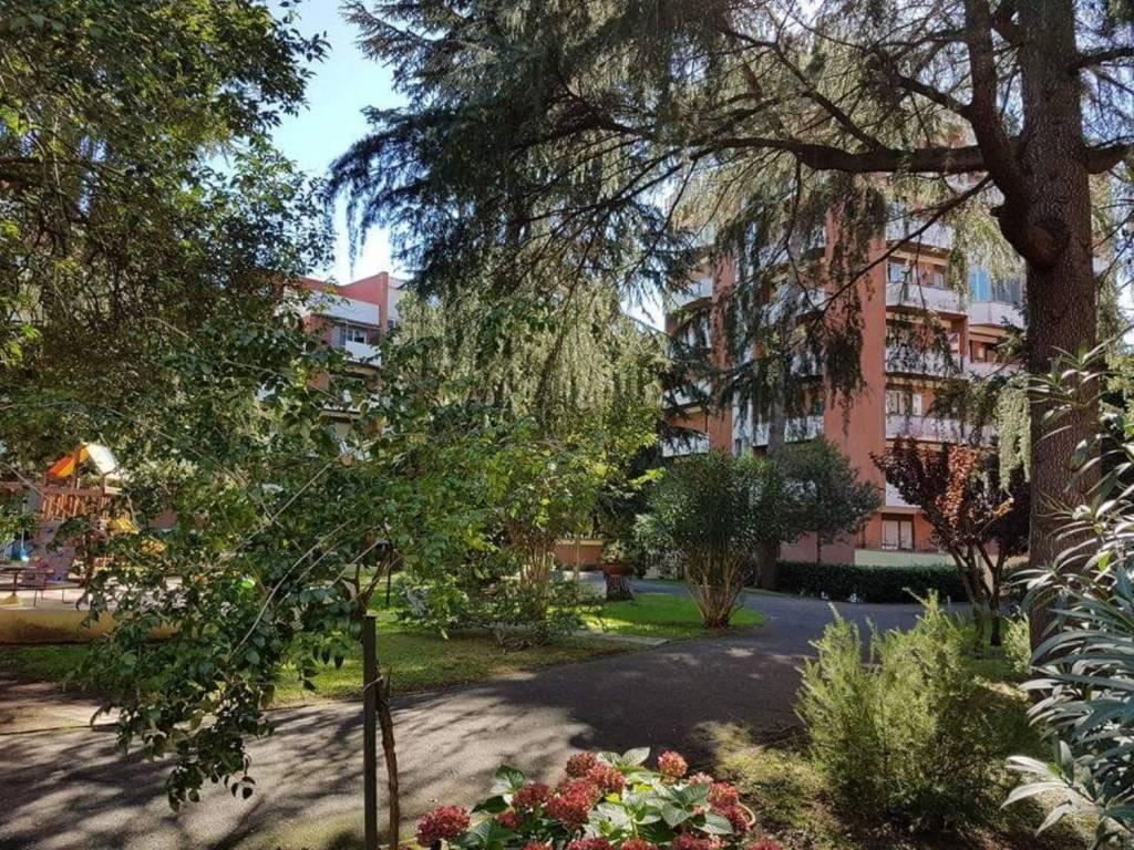 Appartamento in buone condizioni in vendita Rif. 7925767