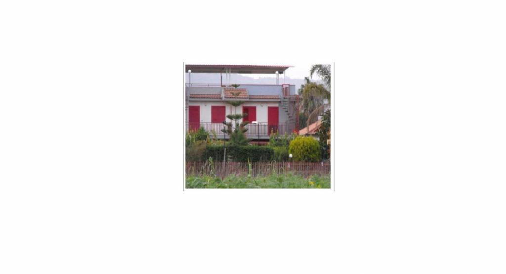 Appartamento in buone condizioni in vendita Rif. 7935153