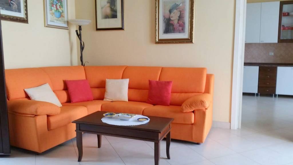 Appartamento in affitto a Marina Serra