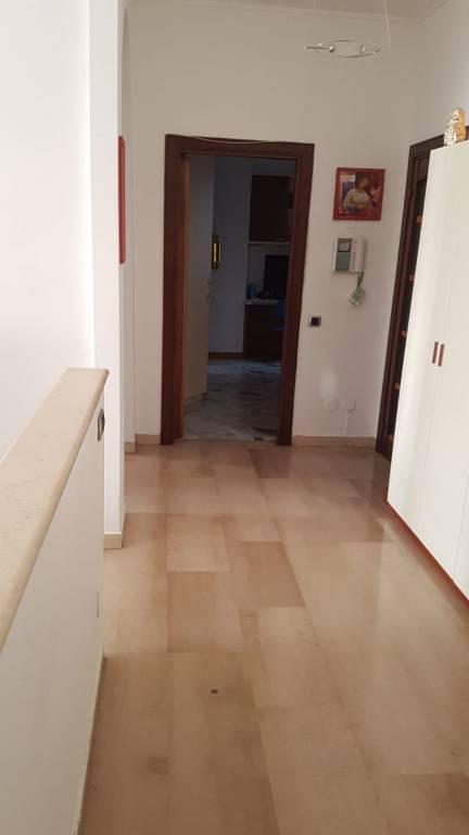 Appartamento in ottime condizioni arredato in affitto Rif. 7925450