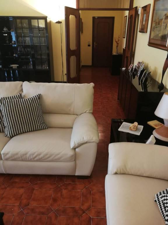 Villa in buone condizioni in vendita Rif. 7783848