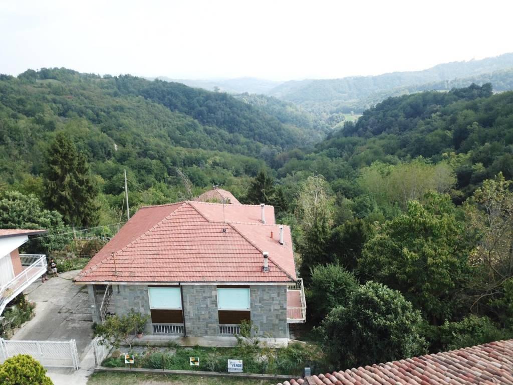 Foto 1 di Villa strada Maroero, Cocconato