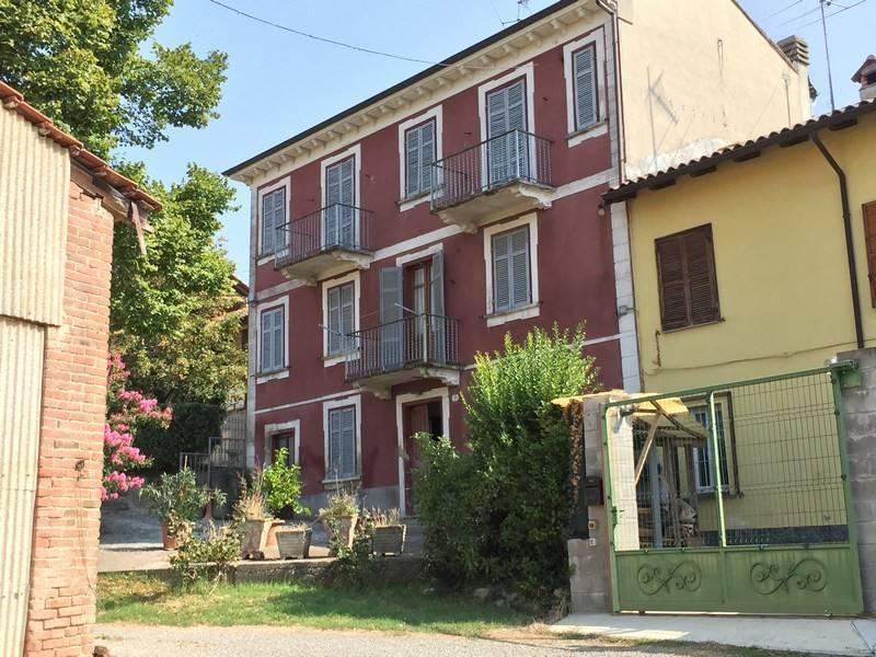 Rustico / Casale in vendita a Lu, 6 locali, prezzo € 70.000 | CambioCasa.it
