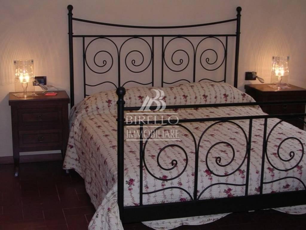 Appartamento in Affitto a Firenze Centro: 4 locali, 70 mq