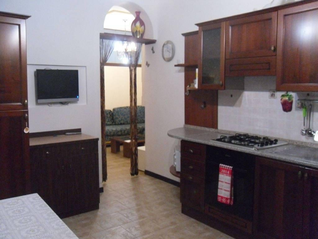 Appartamento in buone condizioni arredato in affitto Rif. 7928065