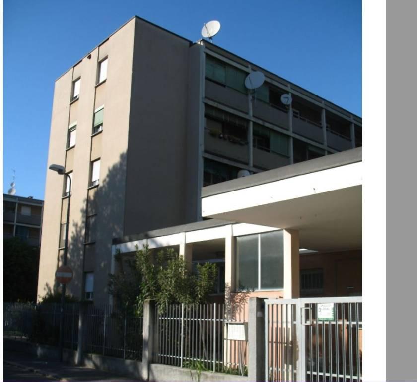 Appartamento in buone condizioni in vendita Rif. 7965163
