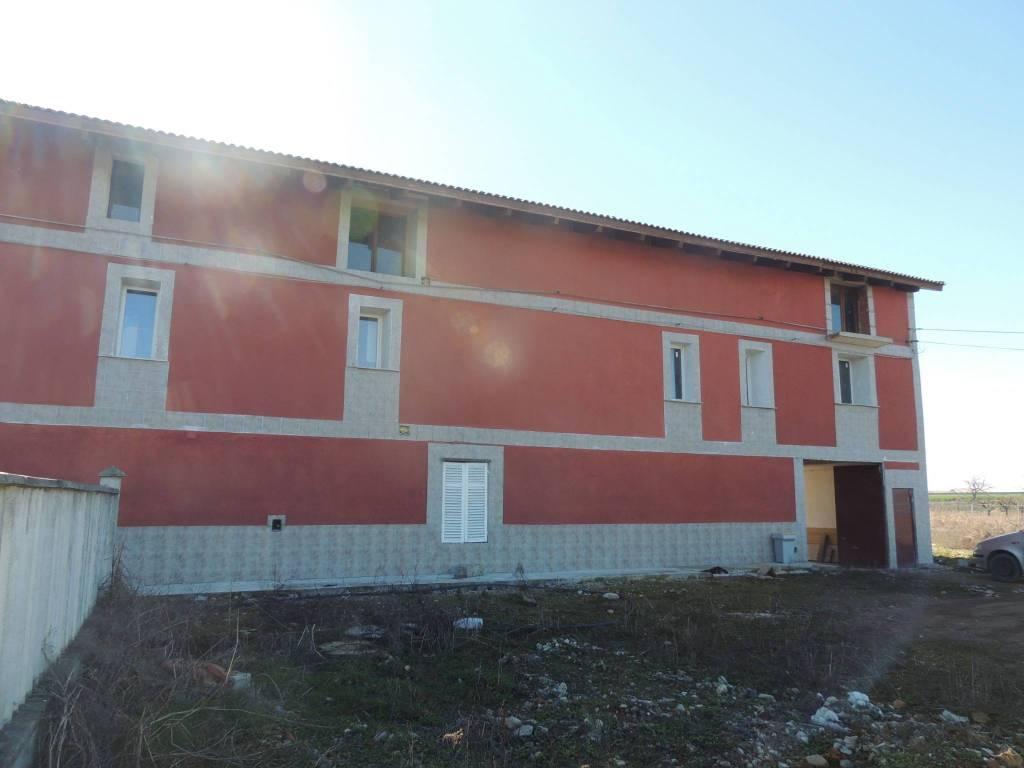 Rustico / Casale in vendita Rif. 7927476