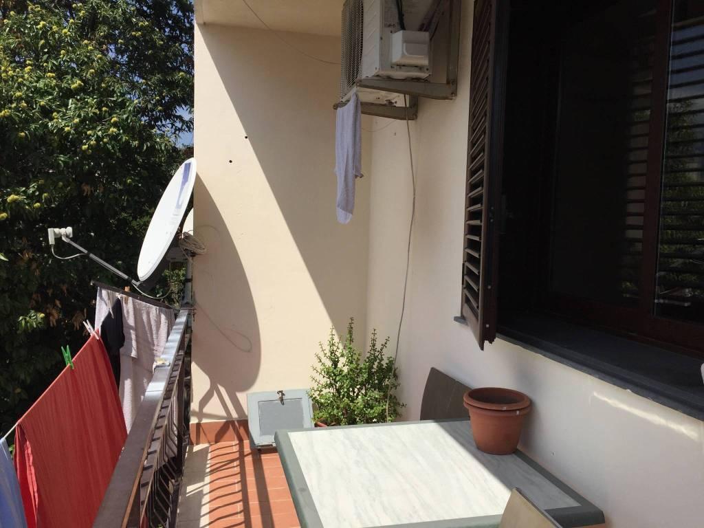 Appartamento in buone condizioni arredato in vendita Rif. 8031379