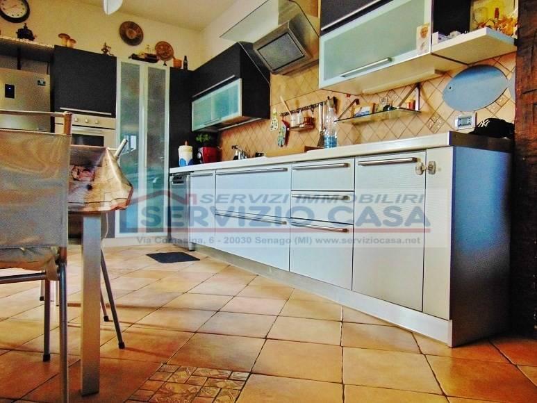 Appartamento in ottime condizioni in vendita Rif. 7929144
