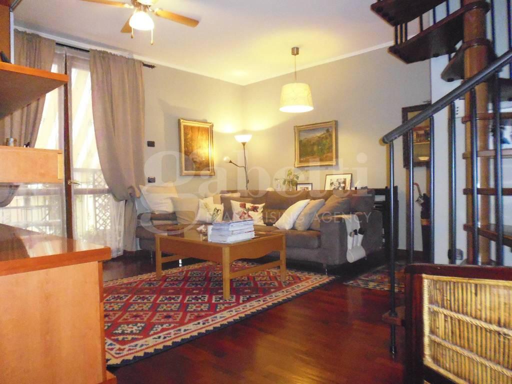 Appartamento in buone condizioni in vendita Rif. 7927611