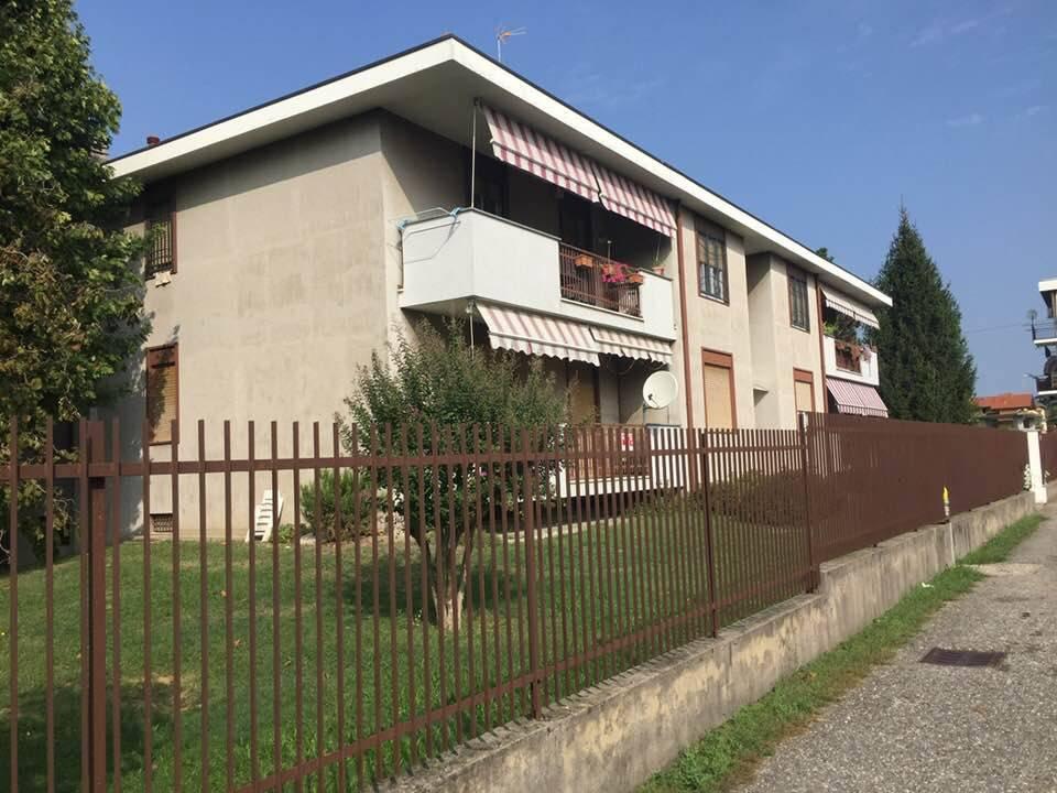 Appartamento in buone condizioni in affitto Rif. 7930000