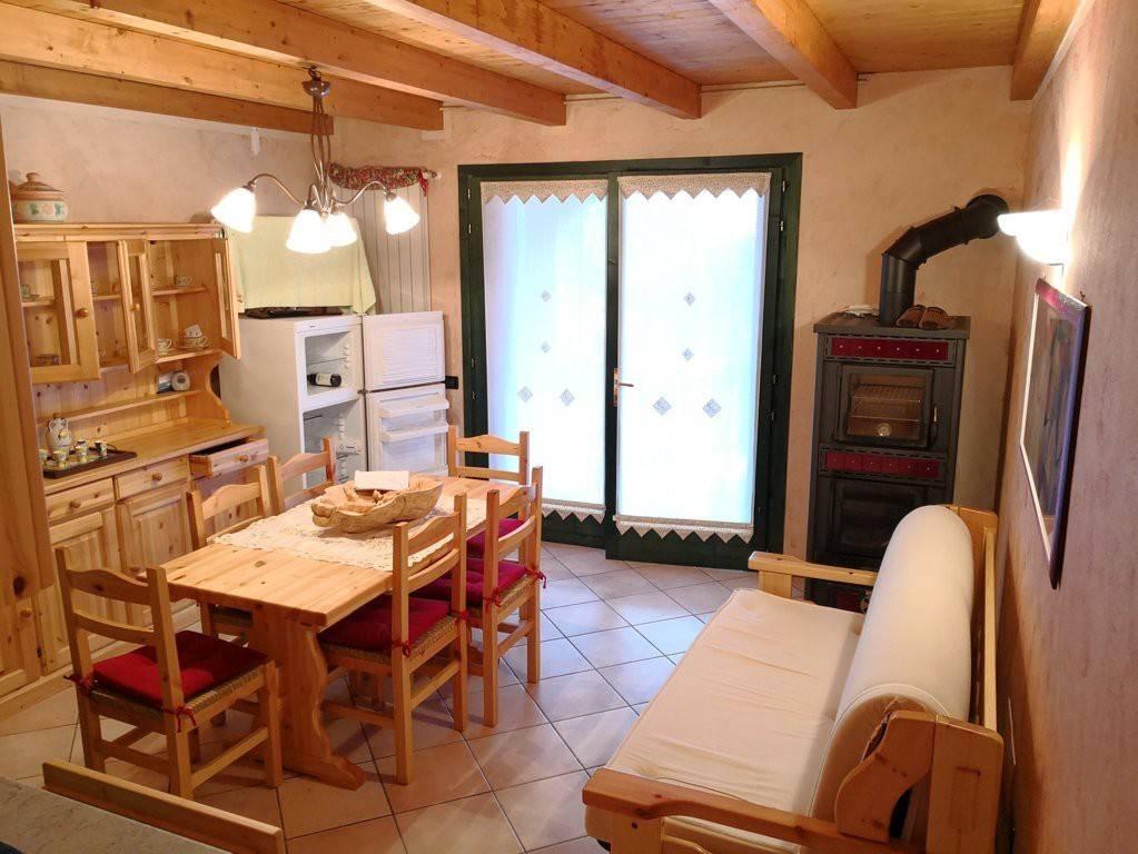 Appartamento in vendita a Monno, 3 locali, prezzo € 115.000 | CambioCasa.it