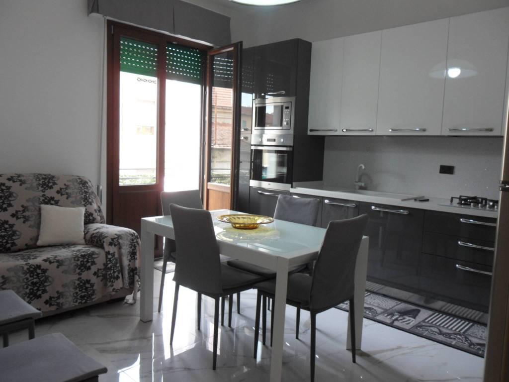 Appartamento in ottime condizioni in vendita Rif. 7935871