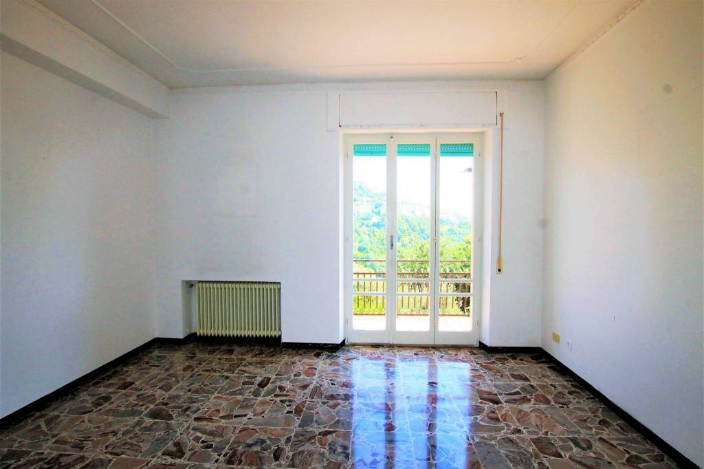 Appartamento in buone condizioni in vendita Rif. 7946077