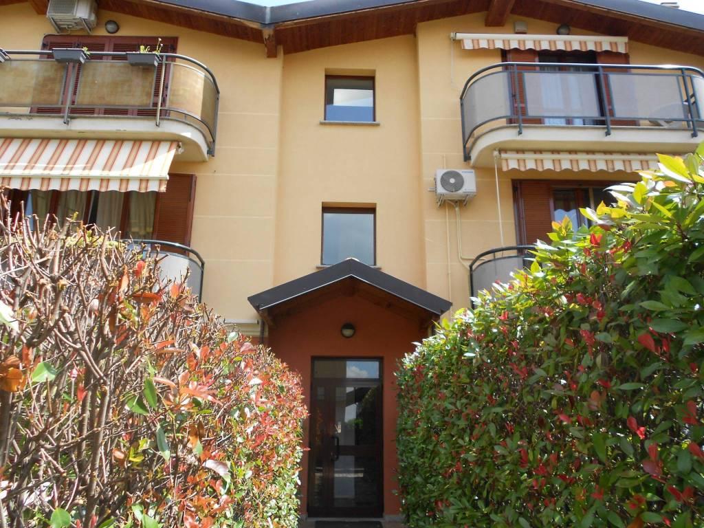 Appartamento in ottime condizioni in vendita Rif. 7949519