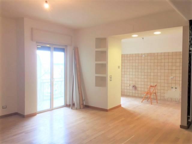 Appartamento in ottime condizioni in vendita Rif. 7947149