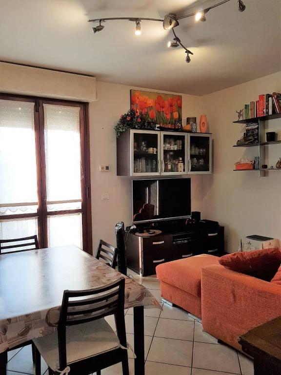 Appartamento in ottime condizioni parzialmente arredato in vendita Rif. 8592412