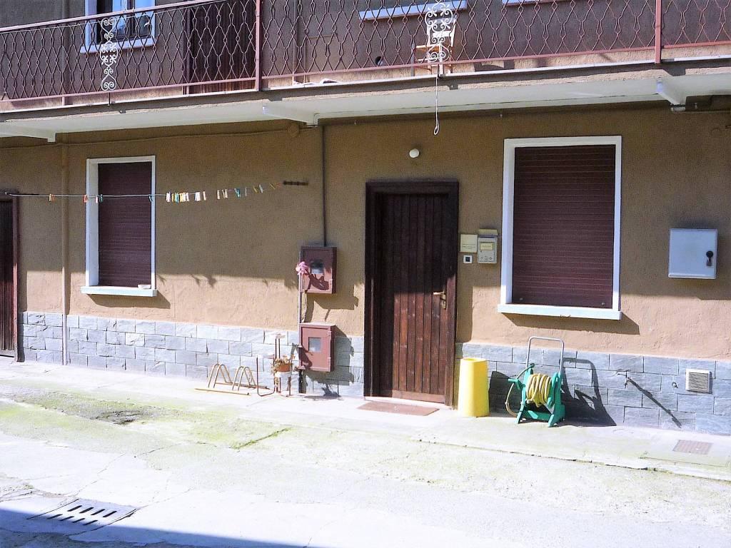 Appartamento da ristrutturare in vendita Rif. 7946487