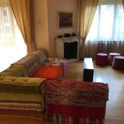 Appartamento in buone condizioni parzialmente arredato in affitto Rif. 7949225