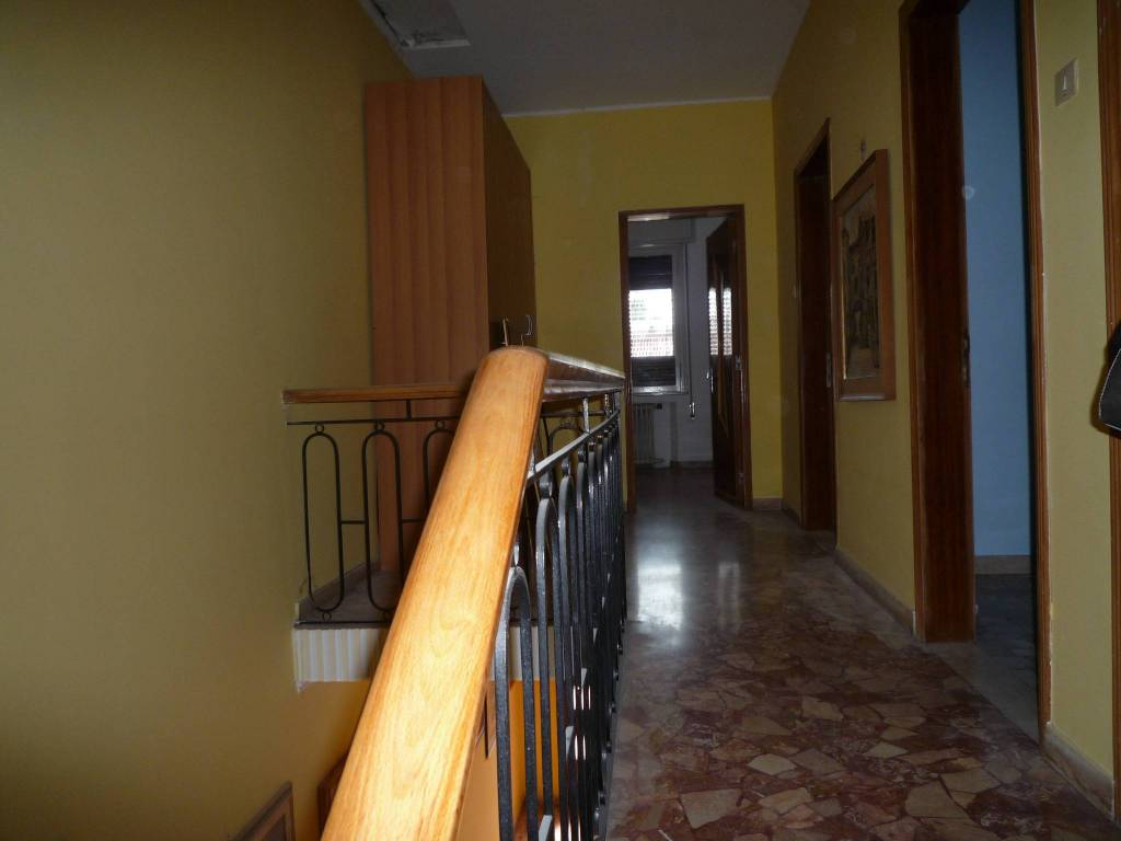 Villa in buone condizioni in affitto Rif. 7946779