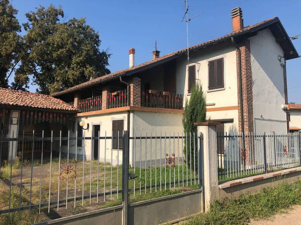 Appartamento da ristrutturare in vendita Rif. 7766759