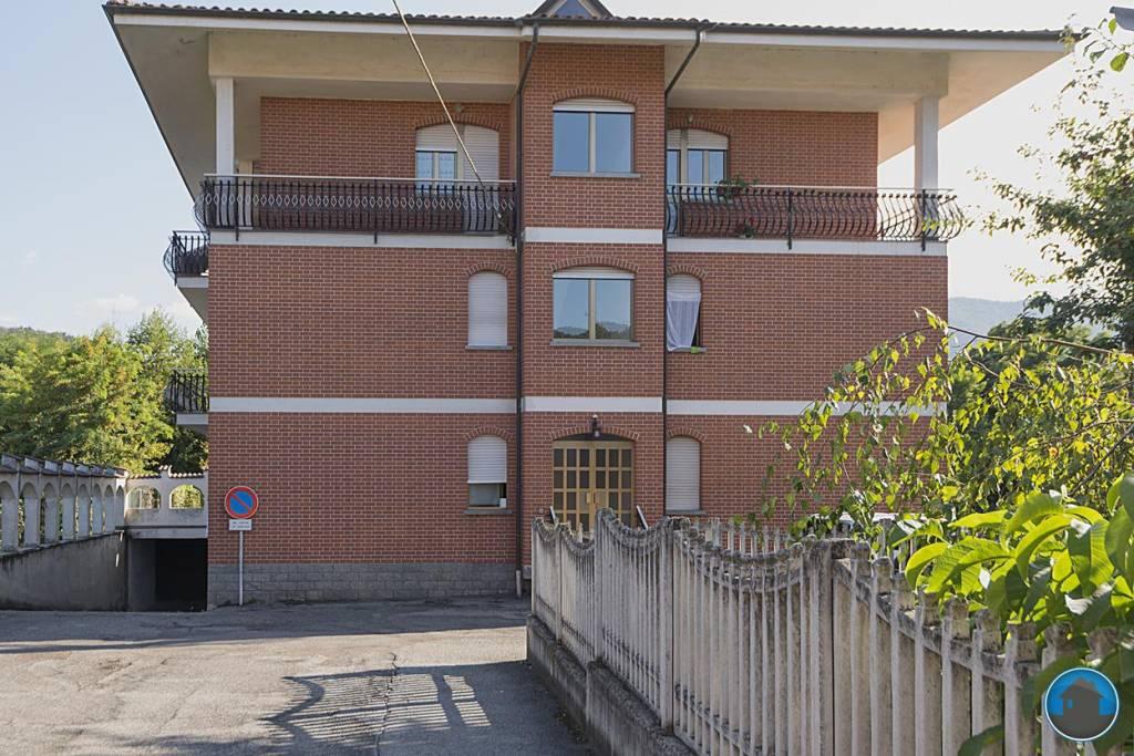 Appartamento in ottime condizioni in affitto Rif. 7944327