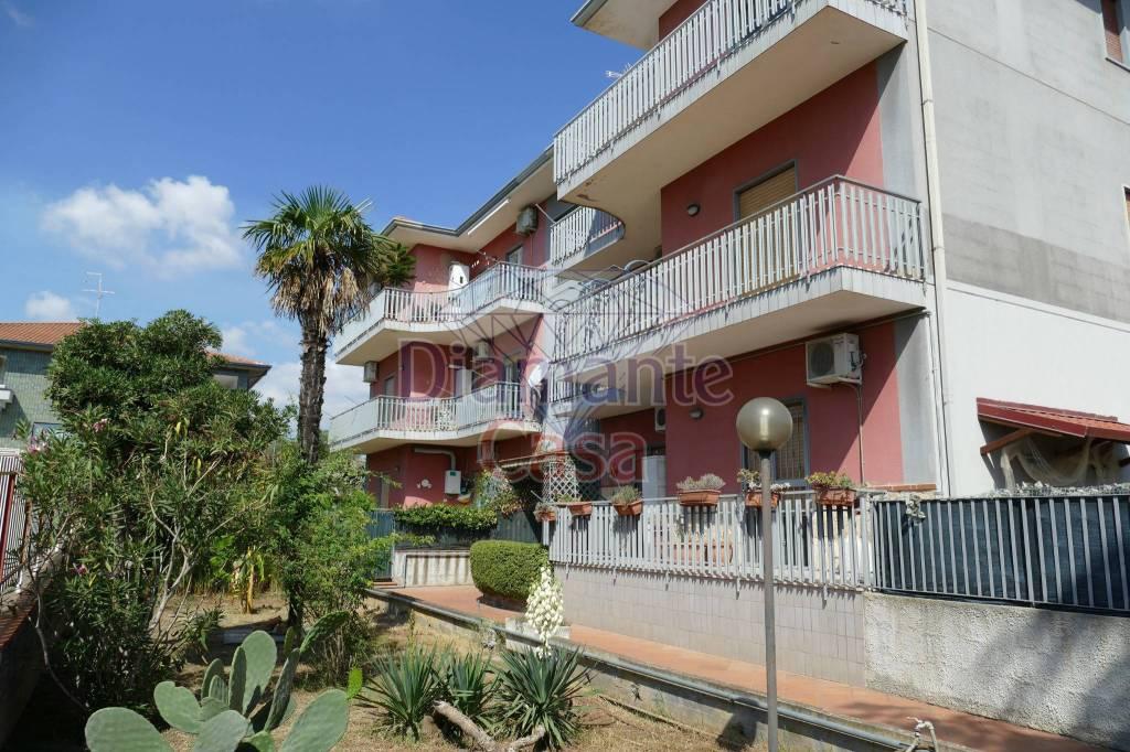 Appartamento in Vendita a Tremestieri Etneo Centro: 5 locali, 127 mq