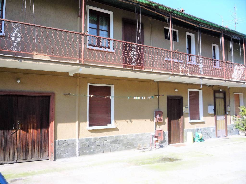 Appartamento da ristrutturare in vendita Rif. 7946489