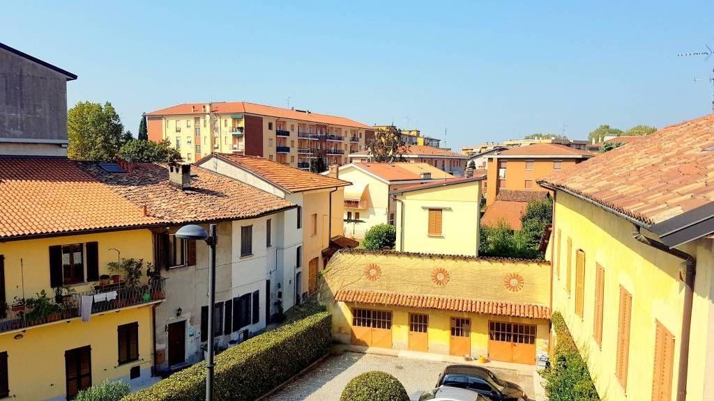 Appartamento in ottime condizioni in vendita Rif. 7965801