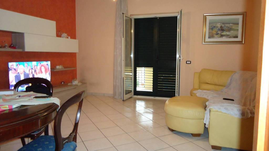 Appartamento in ottime condizioni in vendita Rif. 7945283
