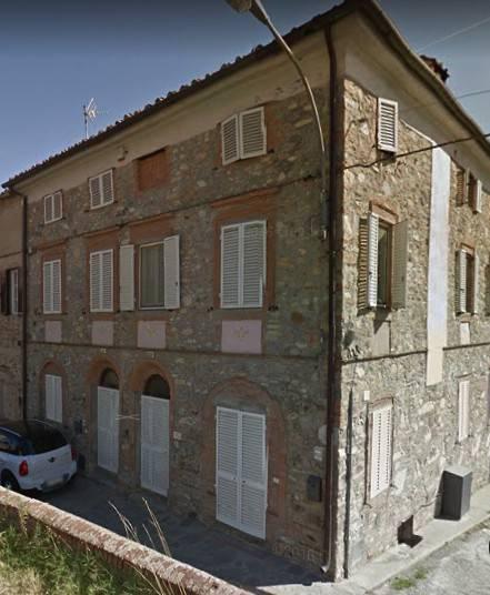 Appartamento da ristrutturare in vendita Rif. 7949535
