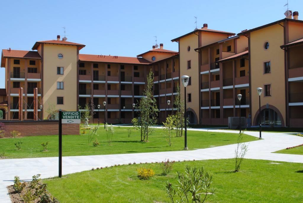 Appartamento in ottime condizioni in affitto Rif. 7945474
