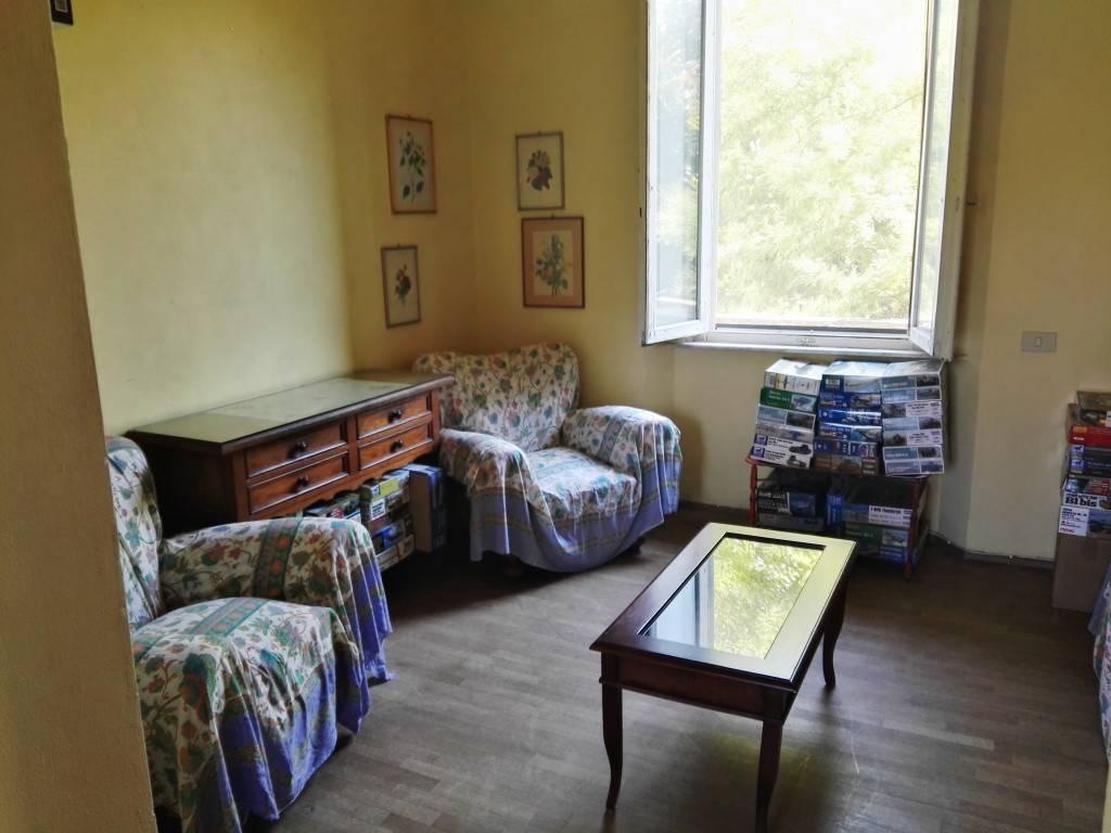 Appartamento in ottime condizioni arredato in affitto Rif. 7949197
