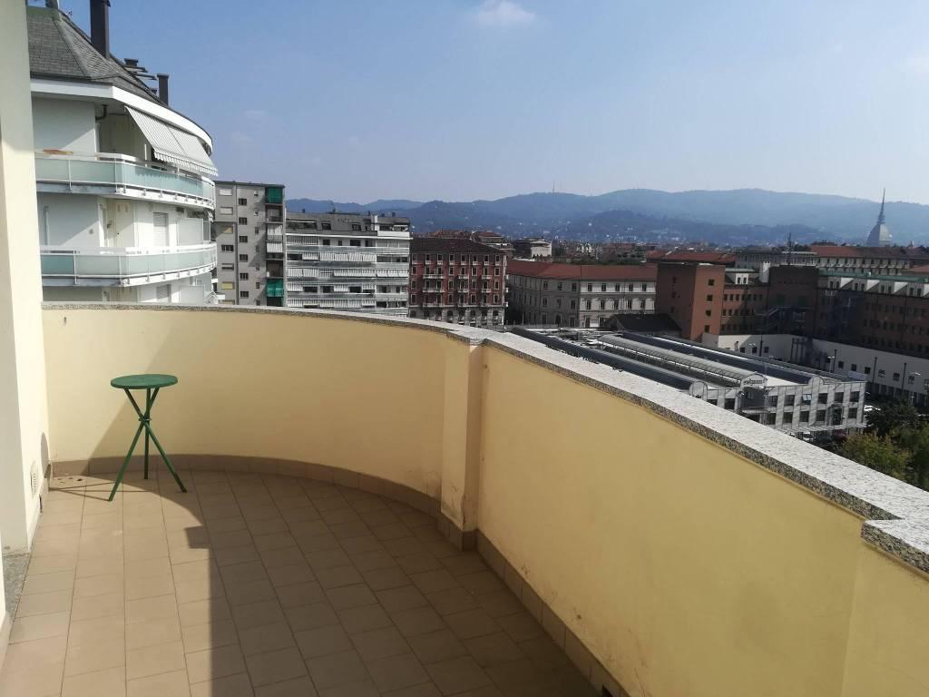Appartamento in ottime condizioni parzialmente arredato in affitto Rif. 7949166