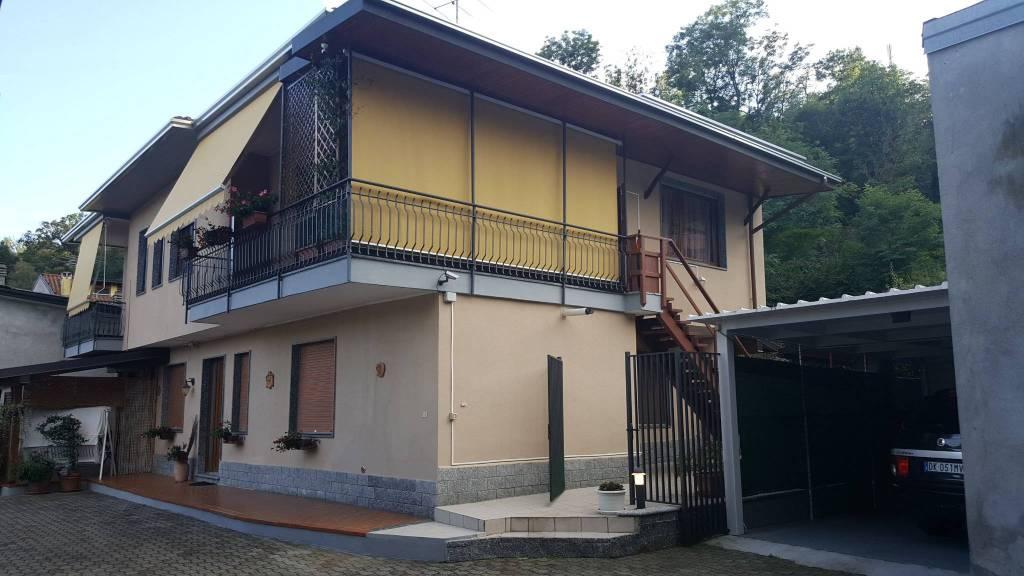 Appartamento in buone condizioni in vendita Rif. 7943720