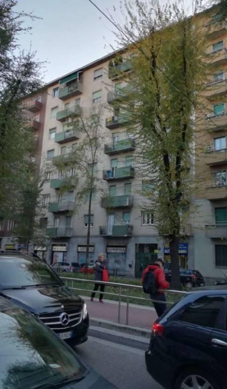 Appartamento in buone condizioni in vendita Rif. 7965170