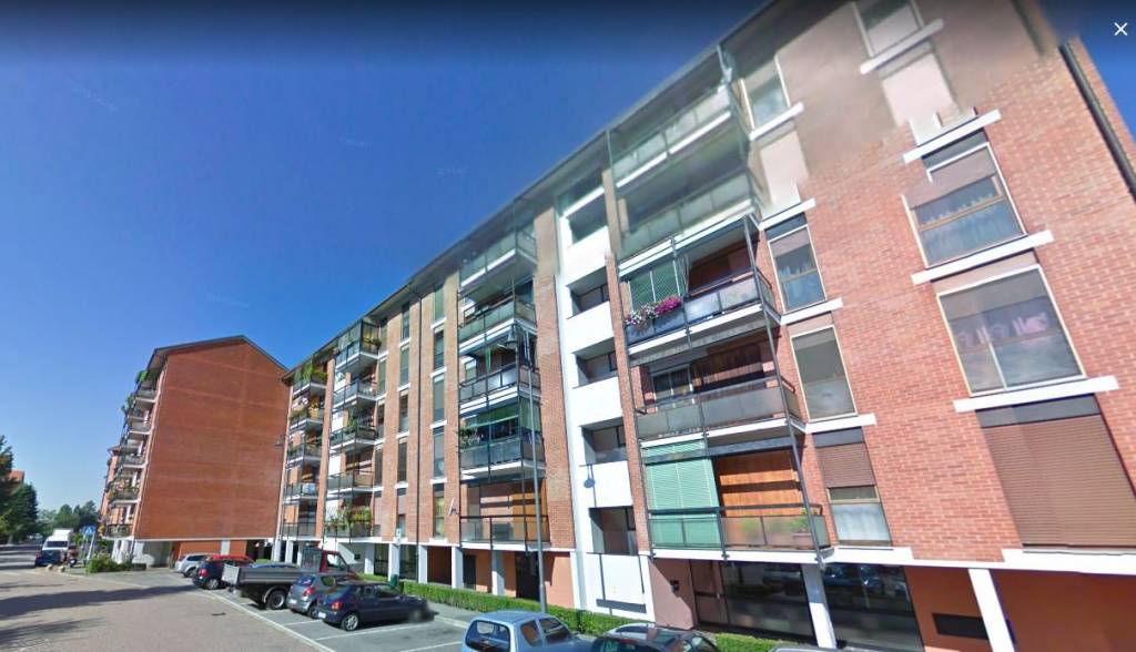 Appartamento in buone condizioni in vendita Rif. 7965173
