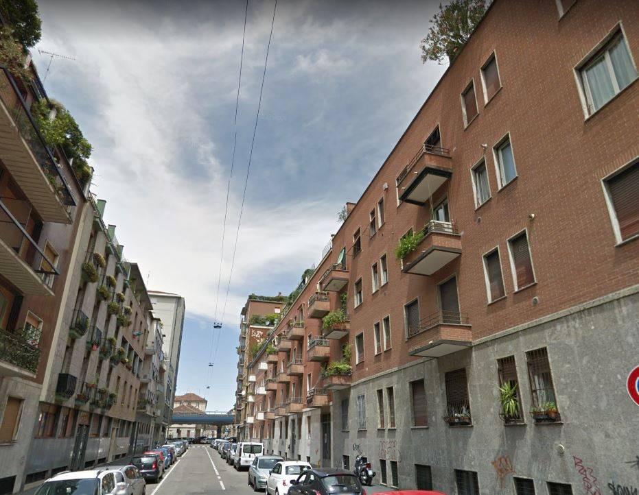 Appartamento in buone condizioni in vendita Rif. 7965176