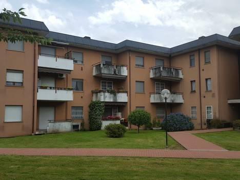 Appartamento in buone condizioni in vendita Rif. 7965169