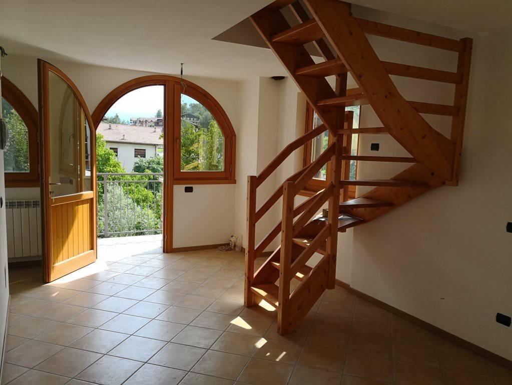 Appartamento in vendita a Aprica, 3 locali, prezzo € 55.000 | CambioCasa.it