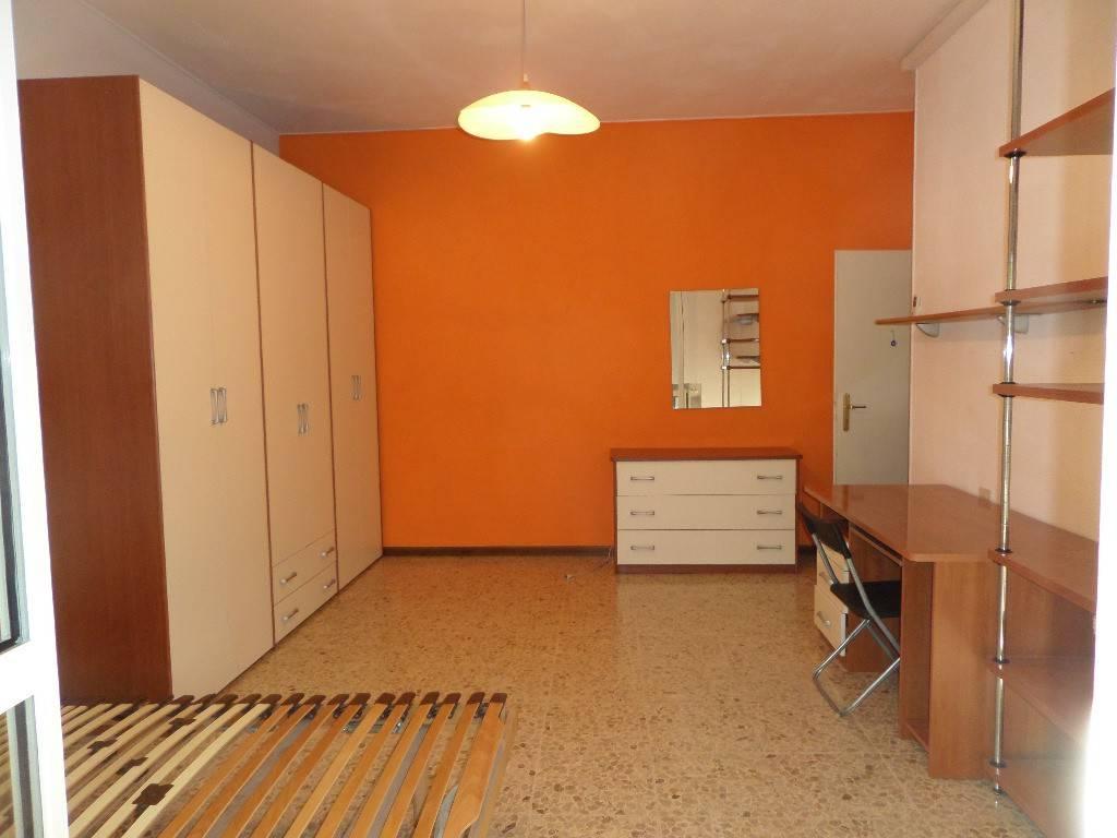 Stanza / posto letto in affitto Rif. 7946352