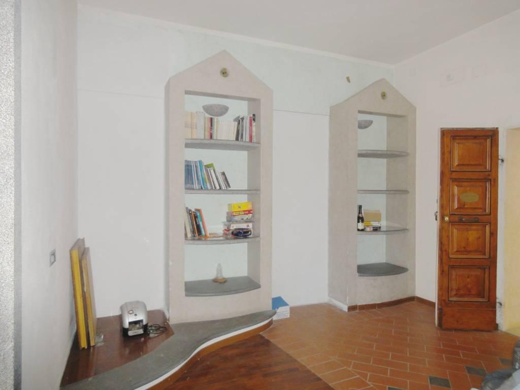 Appartamento in buone condizioni in vendita Rif. 7966287