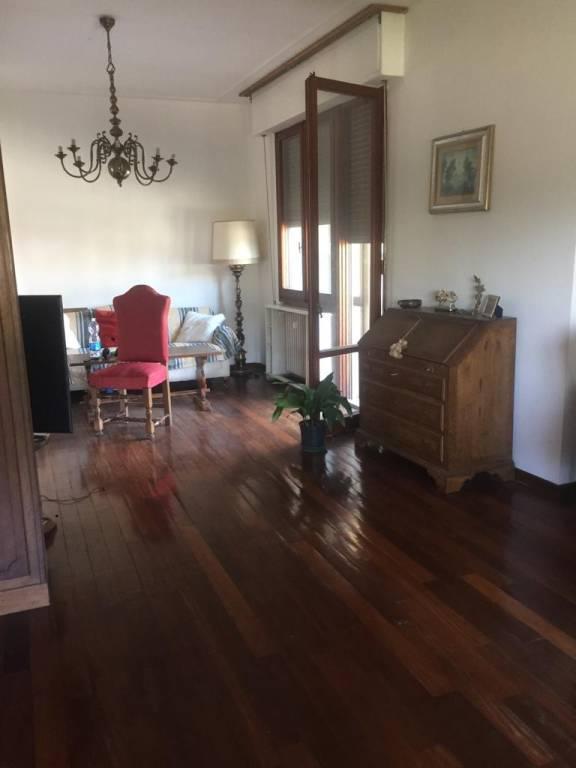 Appartamento in buone condizioni arredato in affitto Rif. 7946350