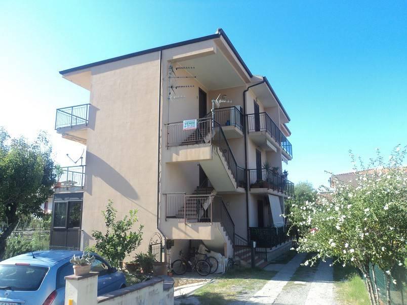 Appartamento in vendita a Patti, 3 locali, prezzo € 85.000 | CambioCasa.it