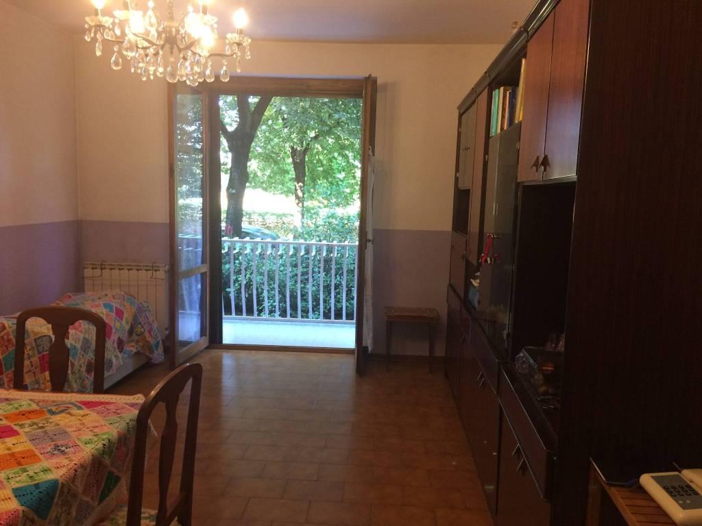 Appartamento in buone condizioni in vendita Rif. 7964058