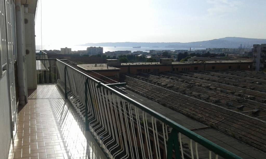 Appartamento in buone condizioni in affitto Rif. 7809603
