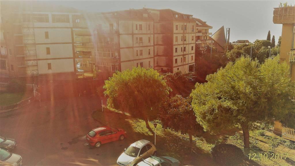 Appartamento in ottime condizioni in vendita Rif. 7966063