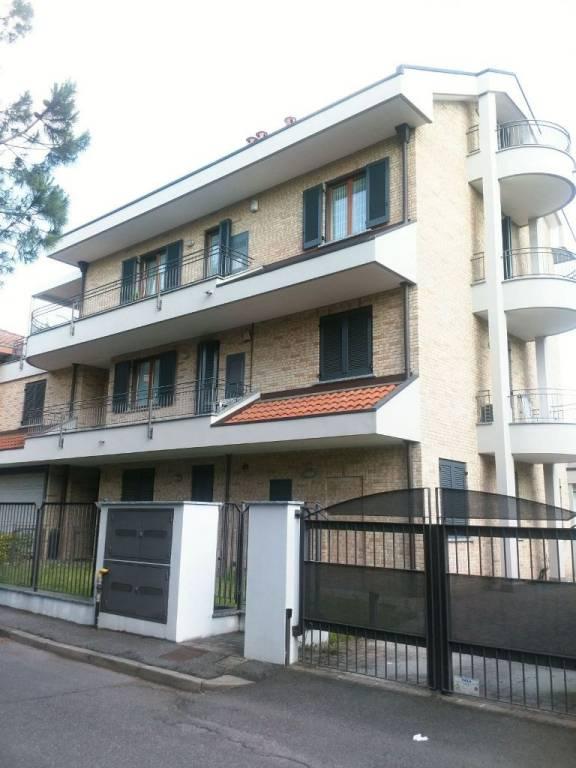 Appartamento in Vendita a Desio: 3 locali, 120 mq