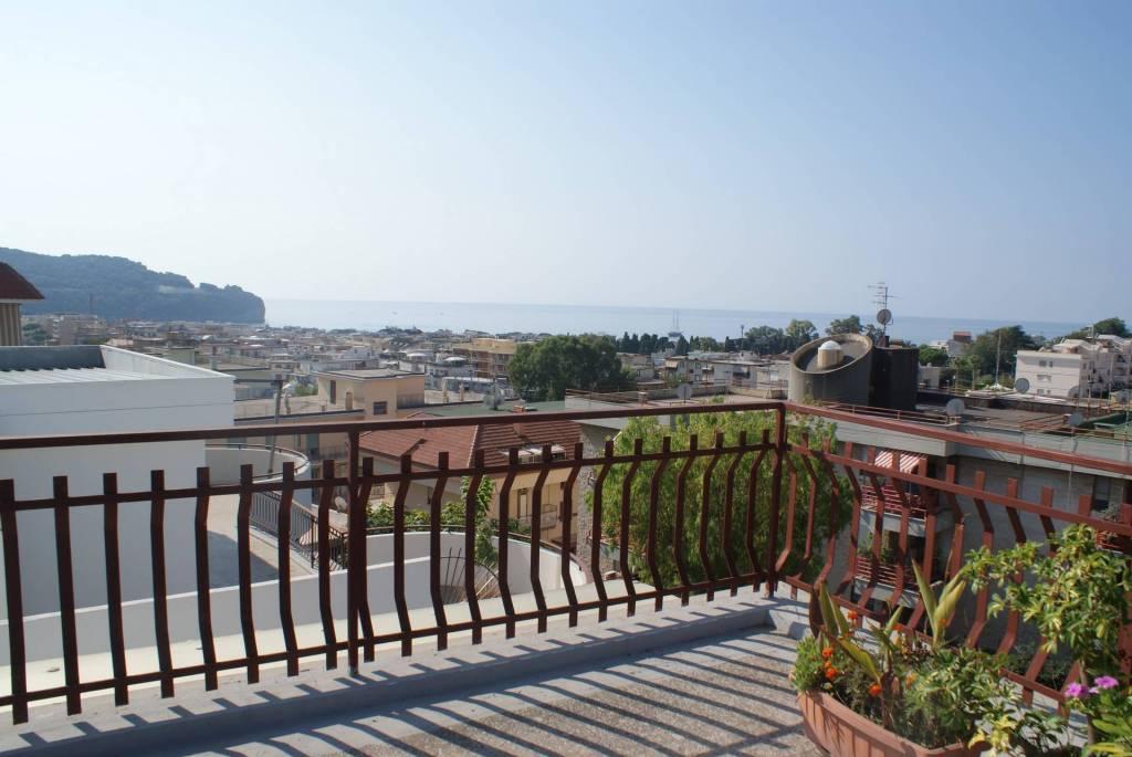 appartamento in zona residenziale panoramico in ottimo stato
