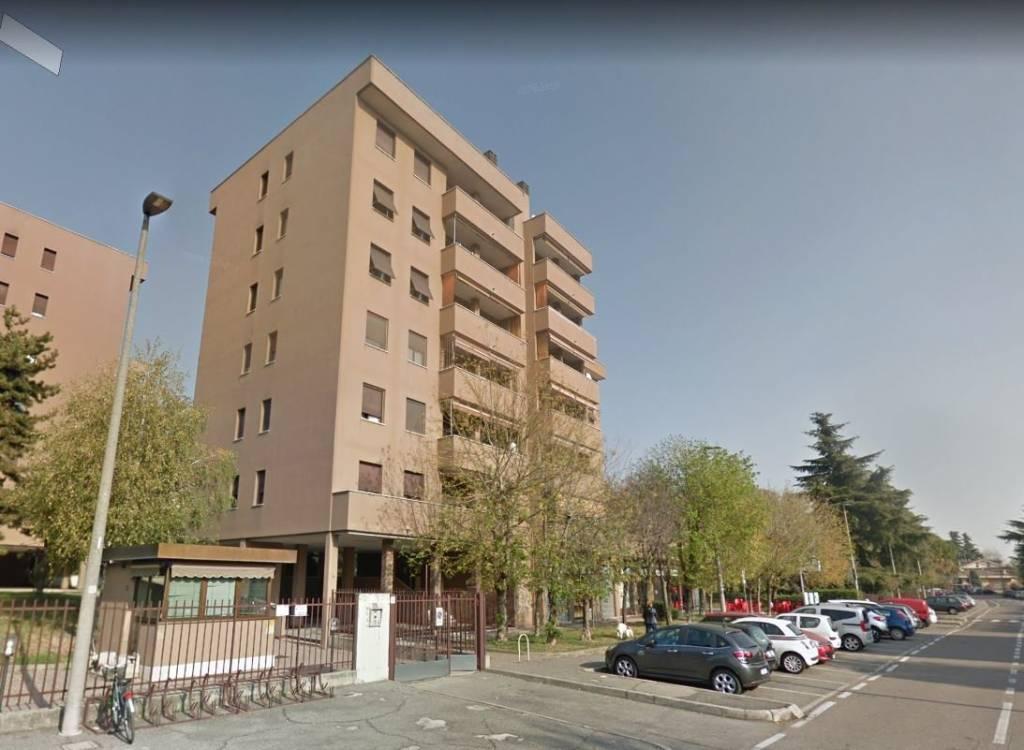 Appartamento in buone condizioni in vendita Rif. 7965177